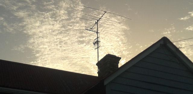 parnell-3-aerials-signal-problem.jpg