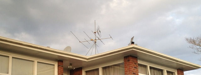 VHF removed, UHF wings broken which has to be replaced by a proper UHF aerial.